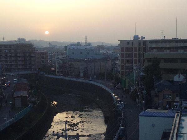 12年3月6日夕陽 多摩川