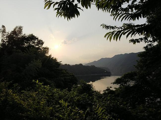 津久井湖畔の~